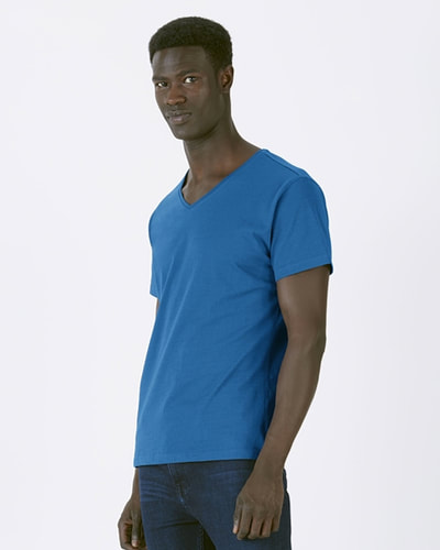 royal sininen v-neck t-paita